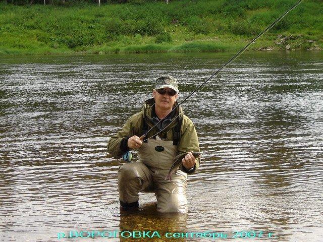 на что ловить рыбу в красноярске на енисее